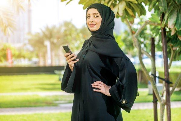 Penuhi Kewajiban Dan Bebas Beraktivitas Dengan 10 Padu Padan Baju Muslimah Syar'i Nan Cantik