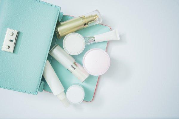 Cocok untuk Kulit Kering atau Sensitif dengan 10 Rekomendasi Kosmetik Merek Hada Labo yang Laris di Asia dan Amerika