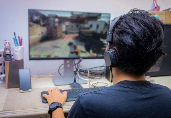 Tidak Ada Matinya, 11 Rekomendasi Game Online Ini Makin Berkembang dan Bisa Jadi Lahan untuk Mencari Keuntungan (2018)