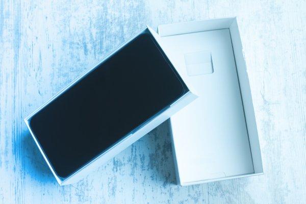 10 Rekomendasi Smartphone Flagship untuk Bikin Gaya Kamu Makin Berkelas (2021)