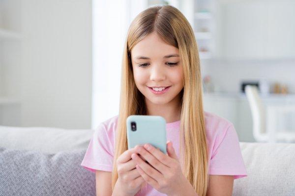 Dapatkan Smartphone Keren dengan 10 Rekomendasi Smartphone Rp 2 Jutaan untuk Anak selama Belajar Online di Rumah (2020)