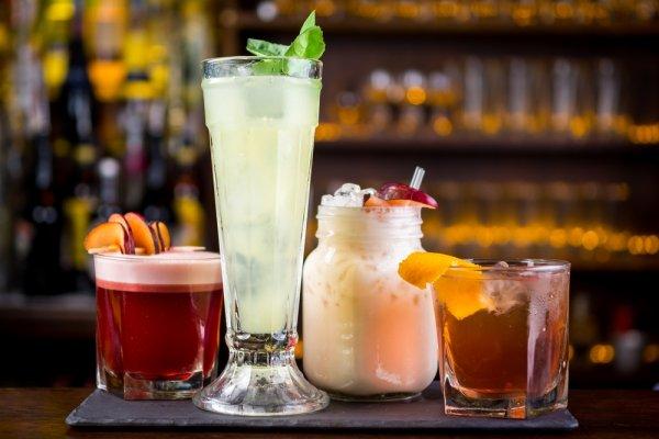 Mocktail, Cocktail tanpa Alkohol yang Pas Buat Santai Beserta 10+ Resep Membuatnya