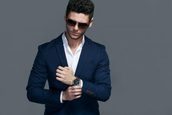 Tampil Maksimal Dengan 10 Model Jam Tangan Pria Guess Keren