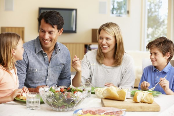 Spend More Quality Time with Your Family. Quick and Easy Dinner Recipes to Make Your Cooking a Breeze (2020)