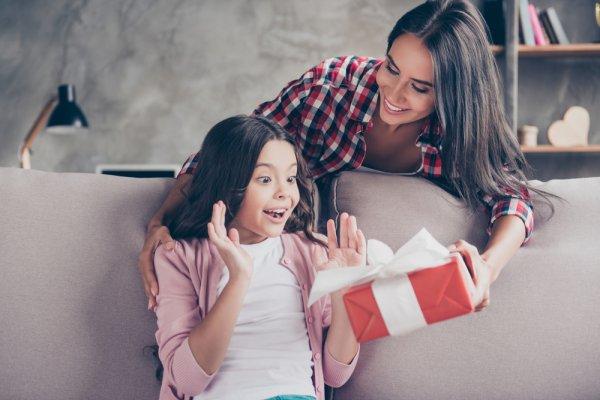 11+ Inspirasi Kado untuk Anak Perempuan yang Berkesan dengan Harga di Bawah Rp 100 Ribu, Cek Langsung Yuk! (2020)