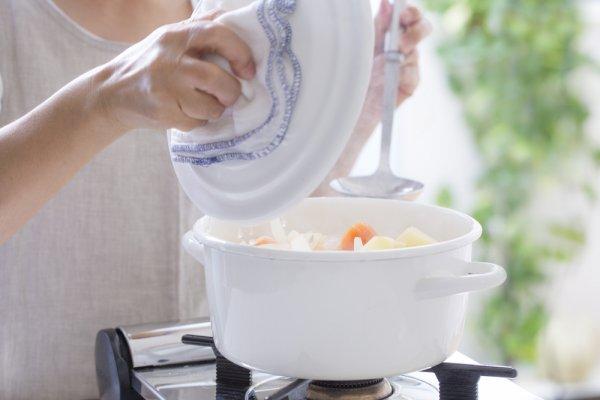 おすすめ 小鍋 一人暮らしに!揚げ物鍋の人気おすすめランキング20選【安い・小さいサイズ・IH対応も紹介】