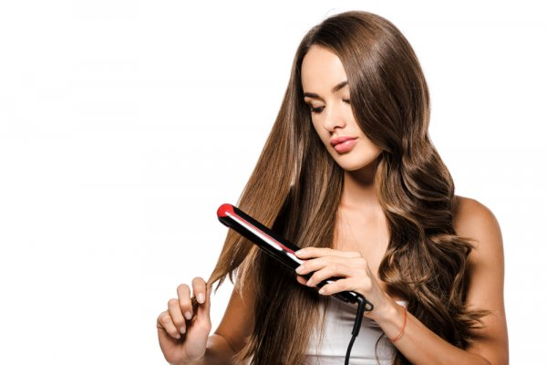 Worried about Frizzy and Unmanaged Hair? Get Gorgeous and Trendy Hair Style with These 10 Best Philips Hair Straightener (2020)