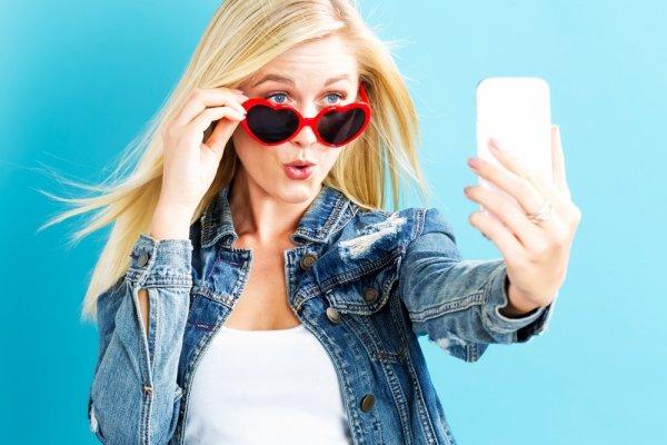 Lakukan 5 Trik Gampang Ini agar Tampilan Foto Selfie Lebih Menawan!