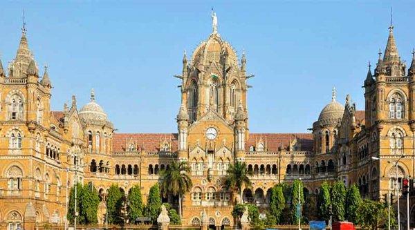 क्या आप मुंबई जाने की योजना बना रहे हैं? मुंबई के इन 10 अद्भुत स्थानों पर अवश्य जाएं। 5 महत्वपूर्ण चीजे जो मुंबई की पहली यात्रा करने वाले को पता होनी चाहिए(2020)