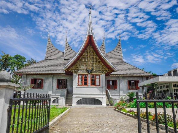 10 Wisata di Padang yang Menawan dan Harus Anda Kunjungi Saat Liburan Keluarga Nanti