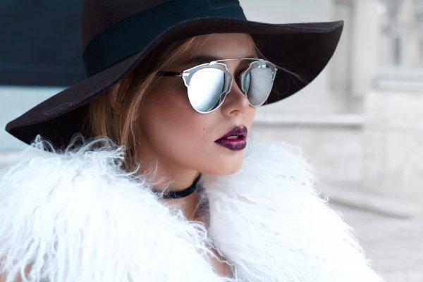 Bergaya Retro Vintage dengan 9 Model Kacamata Jadul yang Fenomenal