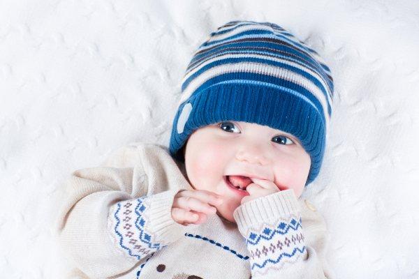 Pilih Pakaian yang Menghangatkan! Inilah 8 Rekomendasi Sweater dan Jaket untuk Bayi Laki-laki dan Perempuan dengan Kualitas Terbaik (2019)
