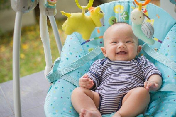 Bayi Makin Tenang dengan 10 Rekomendasi Bouncer Bayi Pilihan Berikut (2021)