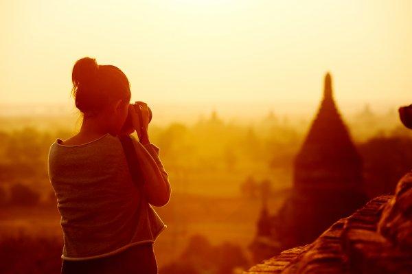Mau Traveling Gratis? Ini 7 Profesi Milenial yang Akan Membawa Anda Keliling Dunia! (2020)