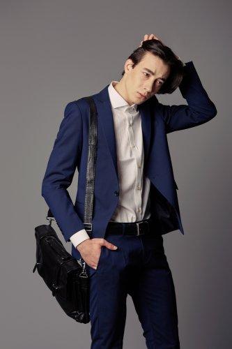 Pilih Sendiri Model Tas Pria 2018 Yang Sesuai Dengan Kebutuhan Kamu!