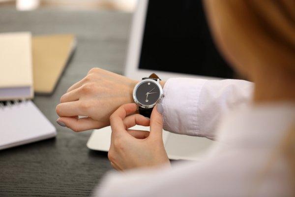 8 Pilihan Jam Tangan Branded Keren Dengan Strap Berbeda Yang Siap Membuatmu Tampil Lebih Percaya Diri