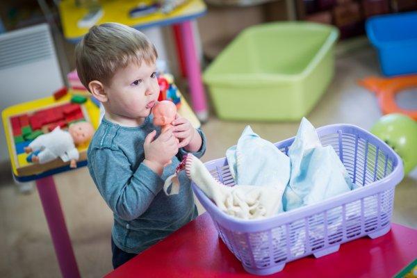 9 Mainan Boneka Lucu dan Bermanfaat untuk Anak Lelaki 1464af9352