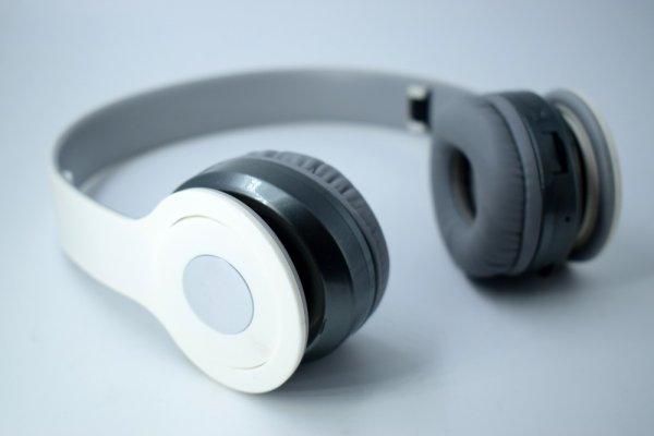 Keunggulan Earphone Beats dan 10 Jenis Earphone Beats dengan Kualitas Suara Terbaik
