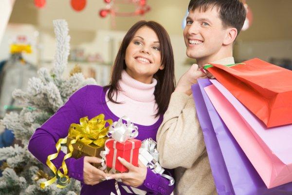 Rekomendasi Hadiah Natal untuk Istri yang Tidak Terlupakan
