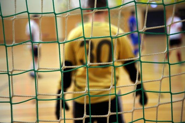 10 Rekomendasi Baju Futsal Polos yang Nyaman Dikenakan dan Bisa Meningkatkan Performamu di Lapangan