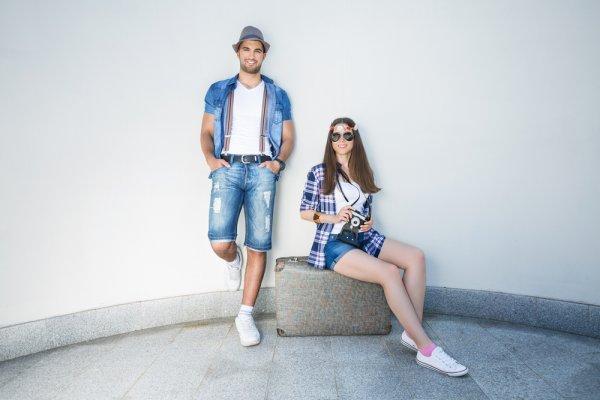 Romantis dan Kompak dengan 10 Rekomendasi Barang Couple Unik untuk Kamu dan si Dia (2020)