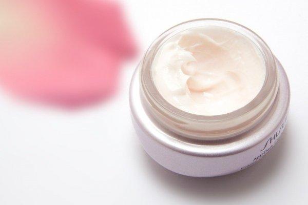 Masih Newby Dalam Urusan Perawatan Wajah? Ini 10 Rekomendasi Skincare Wardah untuk Pemula (2020)