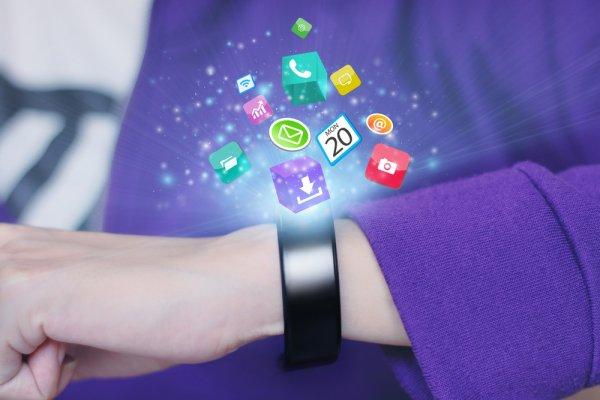 Pantau Kesehatan dan Aktivitas Gadget-mu dengan 11 Pilihan Gelang Pintar nan Keren dari BP-Guide Berikut Ini!