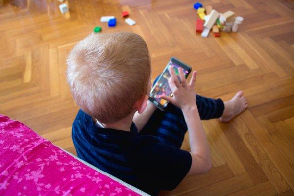 10 Rekomendasi Game Edukasi Anak untuk Meningkatkan Perkembangan Si Kecil