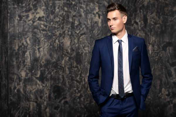 Looking for Some Elegant Pieces of Formal Suit for Men? Your Search Ends Here: 9 Options You Can Choose From! (2020)