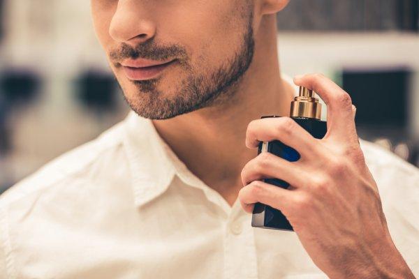 Jangan Pergi Dulu Sebelum Menyemprotkan 10 Rekomendasi Parfum Pria Terlaris tahun 2020 Ini