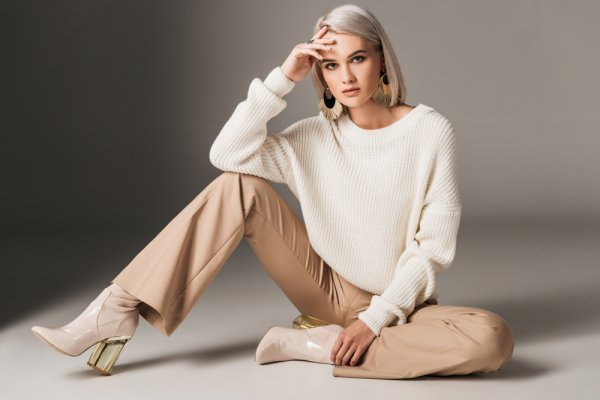 Ciptakan Tampilan Effortless dan Chic dengan 9 Rekomendasi Sweater Zara yang Tak Ada Duanya (2019)