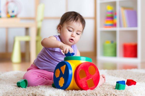 Stimulasi Anak Anda dengan 8 Rekomendasi Mainan Edukasi Anak 3 Tahun yang Terbaik dan Aman (2020)