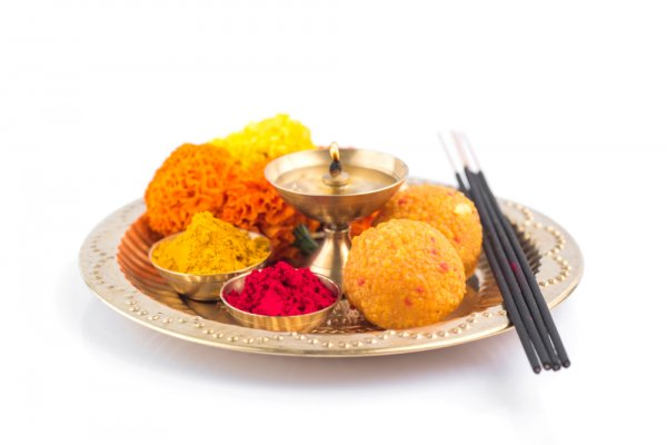 Amazing Navratri Aarti Thali Decoration Ideas To Add Luster to Your Navratri Puja Celebrations:   (2019)!
