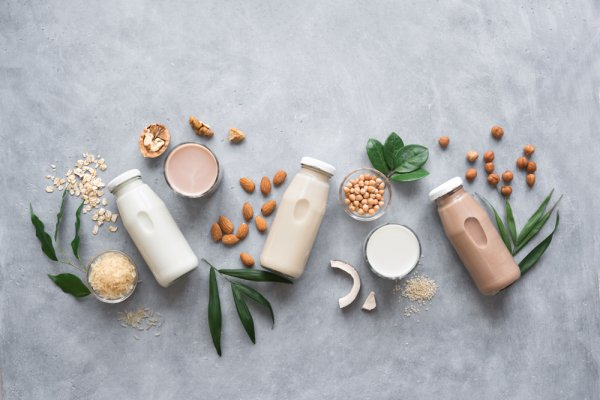 10 Rekomendasi Kreasi Minuman Dingin Berbahan Dasar Susu Ini Rasanya Maknyus!