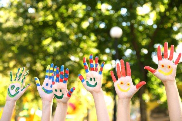 10 Kerajinan Tangan Sederhana dan Menyenangkan untuk Menggali Kreativitas Anak
