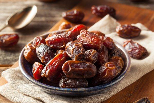 10 Rekomendasi Kurma Terenak untuk Menemani Kamu Menyambut Ramadan! (2021)