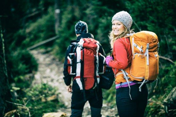 Hobi Berkegiatan Outdoor? 10 Perlengkapan Camping Ini Bisa Melengkapi Kegiatanmu