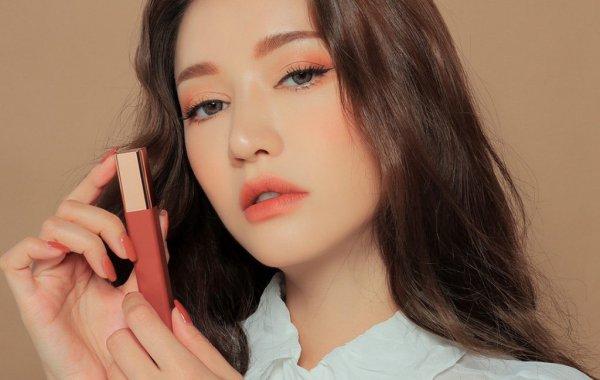 कोरियाई स्किनकेयर उत्पाद आपकी त्वचा के लिए क्या नहीं कर रहे हैं! 10 श्रेष्ठ कोरियाई जिस में आप अपने लिए कुछ नया ढूढ़ना सुनिश्चित करेंगे चाहे आपका मेकअप खिंचाव किस और हो।(2020)