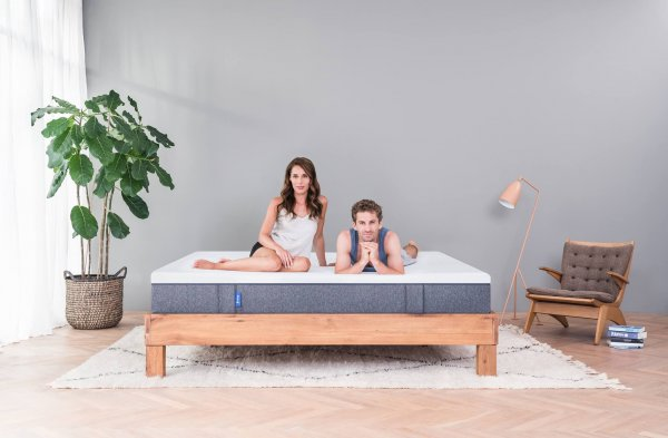 On the Hunt for the Best Mattress for Yourself(2020)? Below is a Guide on How to Select a Mattress that Will Ensure You Get a Good Night's Sleep.