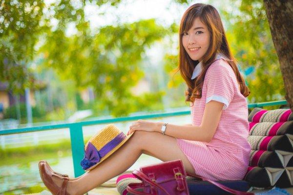 Pilihan Sepatu Korea untuk Tampil Cantik Bak Idola Korea Kamu