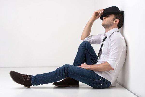 Merasa Outfit Kurang Keren? Pilih Salah Satu dari 10 Rekomendasi Sepatu Pria Paling Trendi di Tahun 2020
