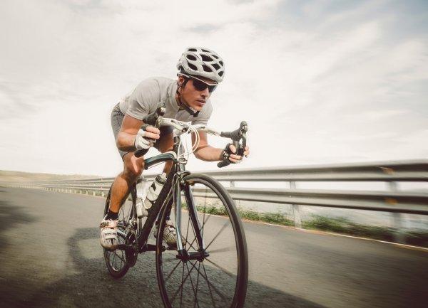 10 Sepatu untuk Bersepeda Ini Berguna untuk Mencegah Cedera