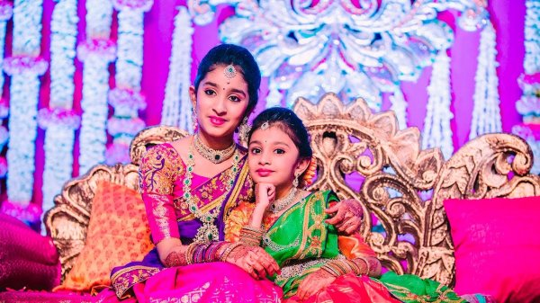 Here's All You Need to Know About Saree Ceremony and What Gifts to Take for the Girl on Entering a New Phase in Her Life (2019)