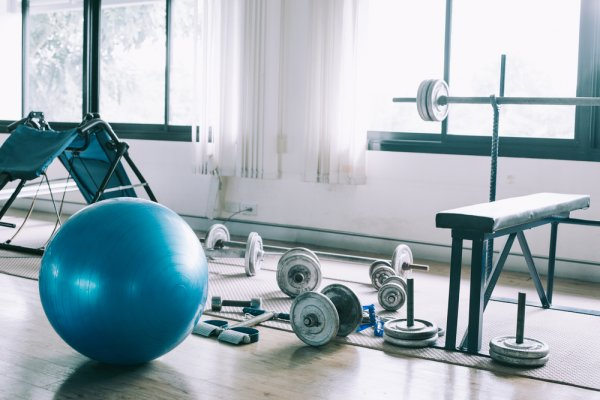 Are You Tired of Gym Memberships and Want to Create a Gym at Home? Here are the 10 Best Home Gym Equipment That You Must Have (2020)