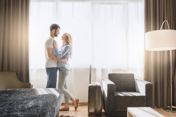 Lagi Cari Hotel Buat Honeymoon? 10 Rekomendasi Hotel Butik di Indonesia dengan Konsep Unik Ini Siap Manjakan para Pengantin Baru