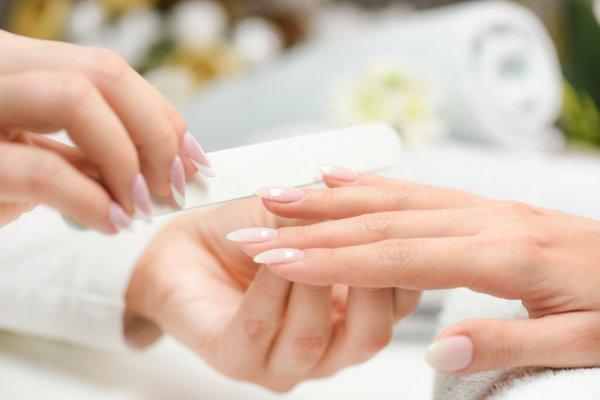 Kuku juga Harus Dirawat, ya! Gunakan 10 Rekomendasi Produk Perawatan Ini agar Kuku Bersih dan Sehat