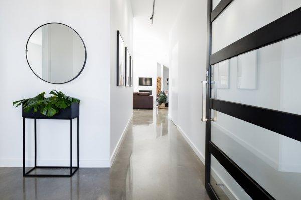 Rekomendasi 7 Aneka Hiasan Rumah Antik untuk Percantik Interior Ruanganmu, Yuk Eksplor!
