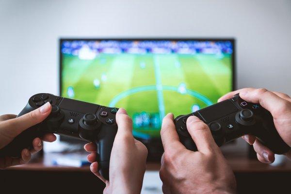 9 Rekomendasi Peralatan Gamer untuk Kamu yang Ingin Menjadi Gamer Profesional (2019)