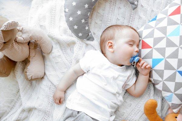 Buat Si Kecil Tidur Lebih Lelap dan Nyaman dengan 10 Rekomendasi Bantal Bayi Terbaik Ini (2019)