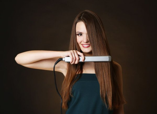 Best Steam Hair Straighteners in the Market and Look into the Goodness They Bring Along(2020).
